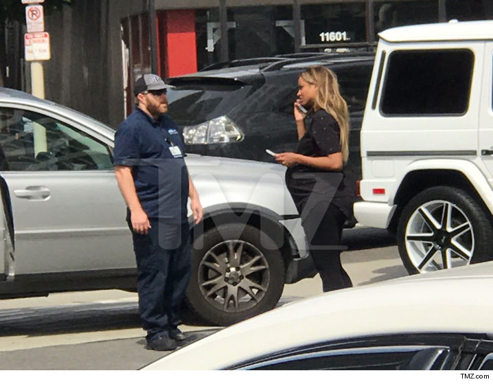 Pregnant Ciara Involved in Car Accident