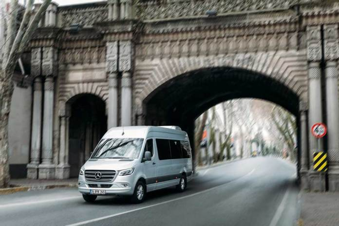 Yeni-Mercedes-Benz-Sprinter-(2)