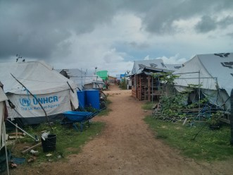 Tent city in Guiuan