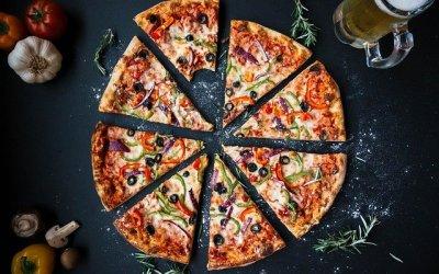 Hipster vs. Nerd: Pizza Toppings