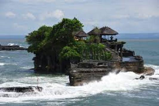 Pantai Tanah Lot