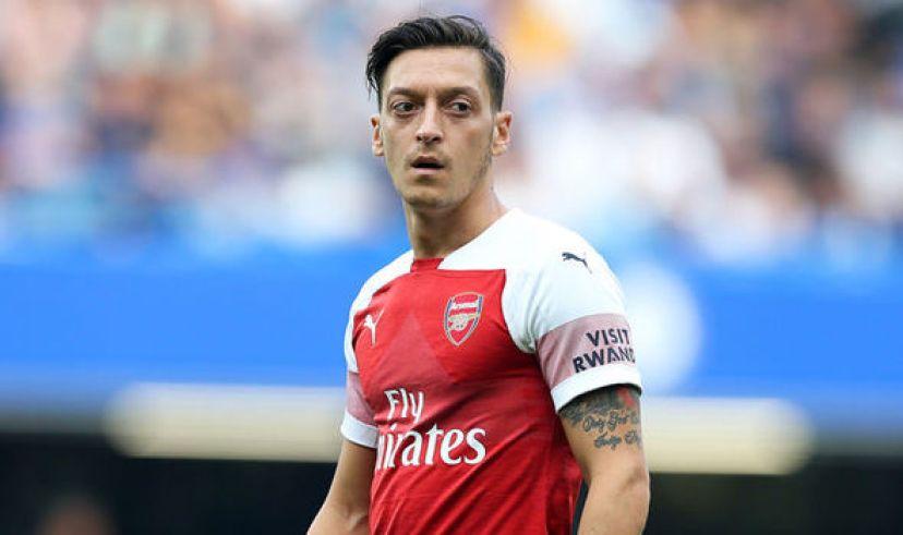 2 pemain yang bisa menggantikan Mesut Ozil di Arsenal