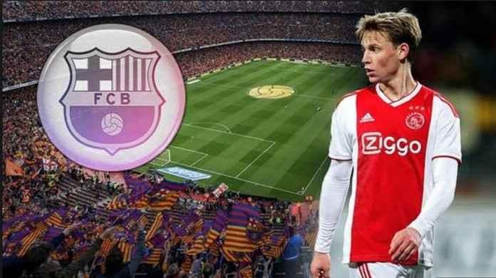 Frenkie de Jong Menandatangani Kontrak Dengan Barcelona