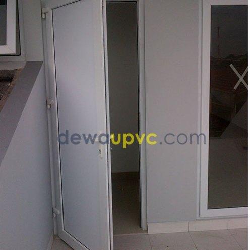 Bengkel pembuatan kusen UPVC - duren sawit