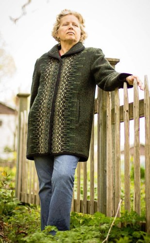 3/4 length wool coat in Green Heather