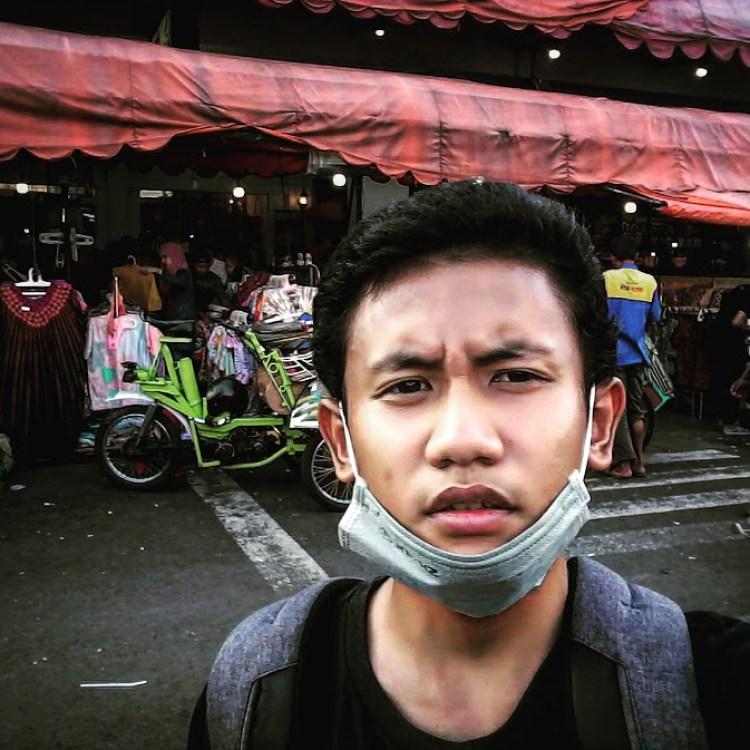 di depan mirota batik