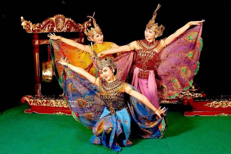 57 Tarian Daerah Tradisional Indonesia Berdasarkan Fungsi Dan Asalnya