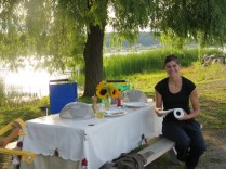An al fresco dinner with Ashleigh