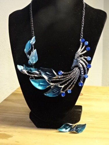 Necklace, costume - blue leaves with earrings2