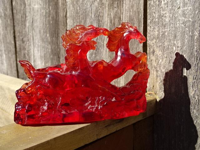 Statue, red trio racing horses1
