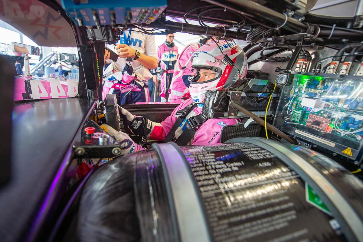 Het interieur van de Forze waterstof raceauto, een project van de TU Delft