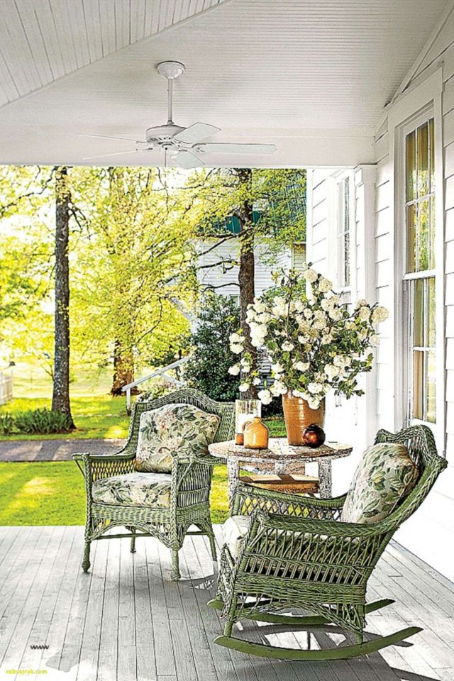 25 Amazing Home Front Porch With Awesome Decorating Ideas
