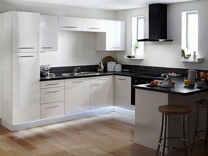 30 Elegant Black And White Kitchen Cabinet And Appliance Ideas