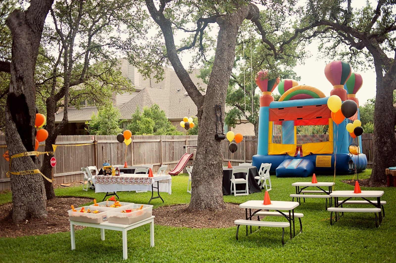 Summer Backyard Party Decoration Ideas For More Cheerful ...