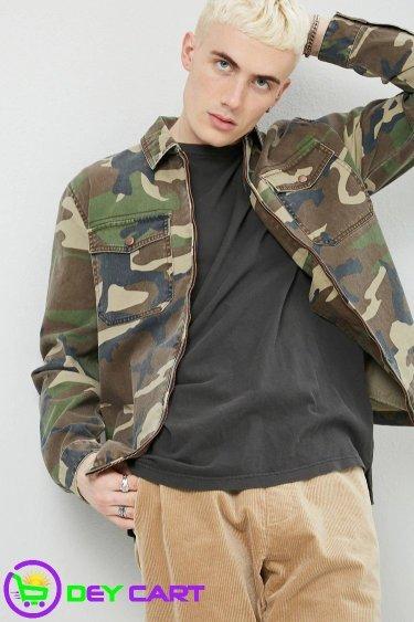 Forever21 Camo Zip-Front Jacket - Olive/Black 0
