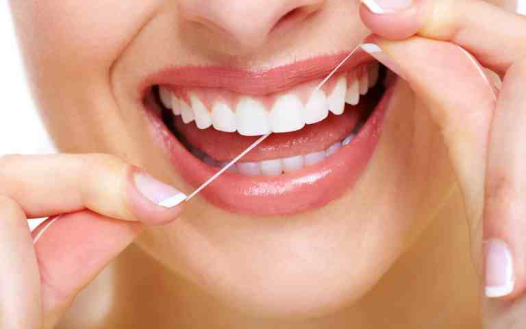 Flossing: Step By Step Guidance To Floss Correctly