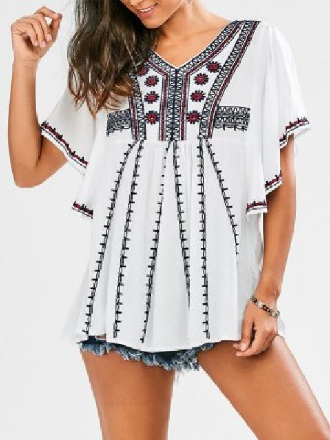www.zaful.com/embroidered-batwing-sleeve-tunic-top-p_273799.html?lkid=36628