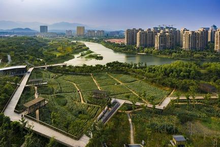 Press kit   809-21 - Press release   AZURE Reveals the Winners of the 2017 AZ Awards - AZURE - Competition -  Quzhou Luming Park, Beijing, China<br>Turenscape, Beijing, China<br>Best Landscape Architecture - 2017 AZ Awards  - Photo credit: AZURE