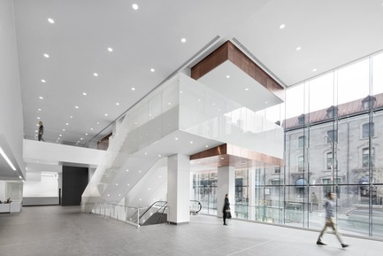 Press kit   1387-03 - Press release   The New CHUM, Largest Healthcare Construction Project in North America, Opens its Doors - CannonDesign + NEUF architect(e)s - Institutional Architecture - Saint-Denis stairs - Photo credit: Adrien Williams