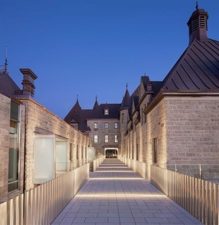 Press kit - Press release - Voltigeurs de QuébecArmoury:  The Rehabilitation of a Historic Treasure Highlights a Dialogue Between Contemporary and Heritage Architecture - A49 / DFS / STGM architects in consortium