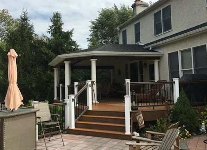 Archadeck of Bucks-Mont Receives Archadeck Outdoor Living's Design Excellence Award in the Porch and Room Project Category