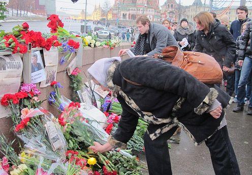 Cine ar putea beneficia de asasinarea lui Boris Nemţov (2)