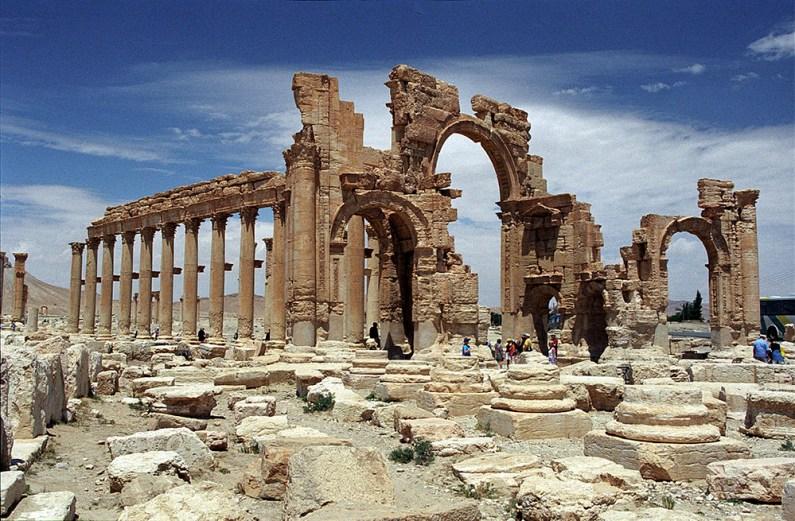 Extremiştii au intrat în anticul Palmyra (2)