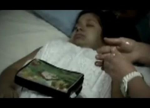 S-a trezit după ce a fost îngropată de vie din greşeală