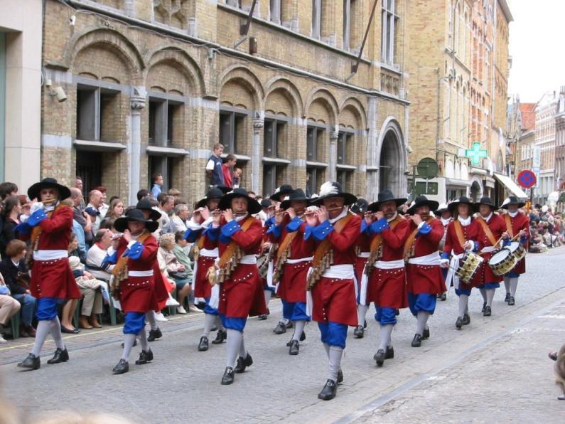 Parada in Ypres. Autor foto Kotembal. Sursa Wikipedia.