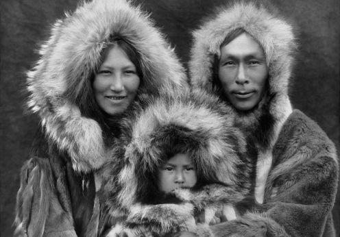 inupiat_family_from_noatak_alaska_1929_edward_s-_curtis_restored