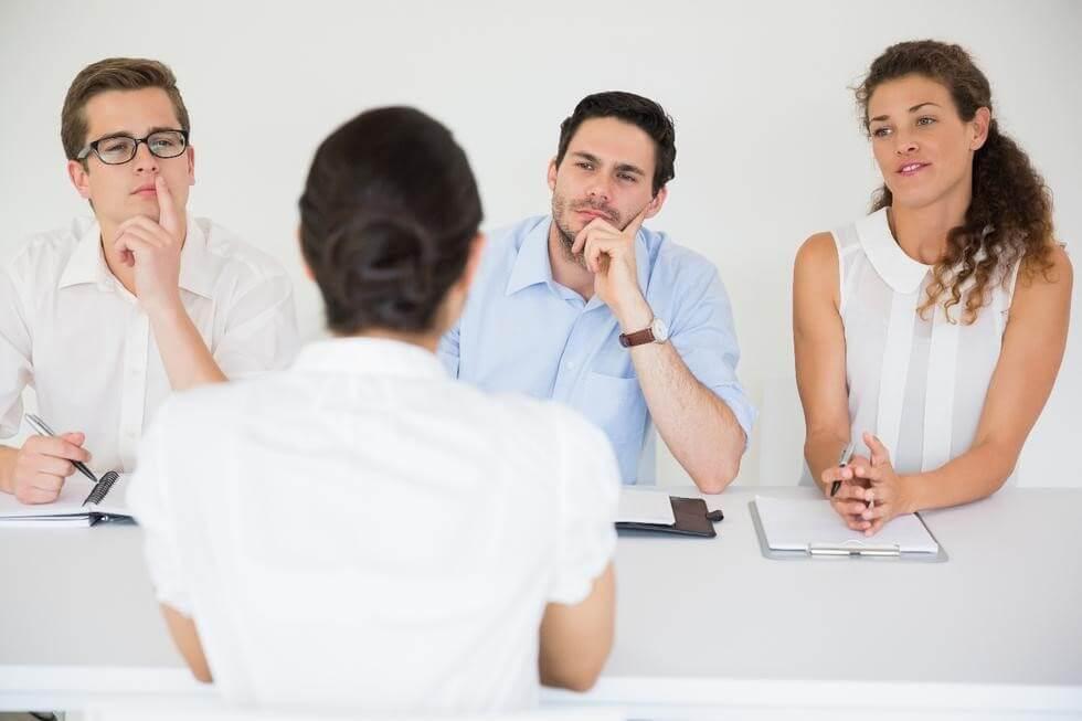 Interviul de angajare. Ce vrea sa stie recrutorul.