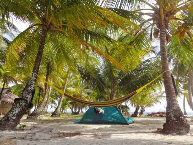 Mein Zelt und Hängematte auf einer Insel in Panama (c) Benno Schmidt, viventura