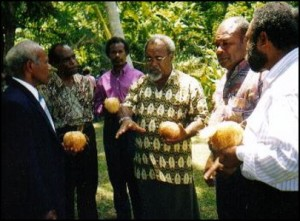 Wewak (PNG) Feb 2002, Prime Minister Somare with United West Papua National Front for Independence (fore-runner of West Papua National Authority).