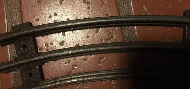 Fix or restore Lionel track