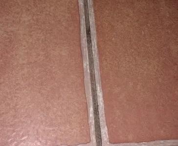 Vinyl floor tiles separating