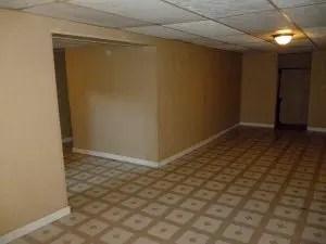 Self stick vinyl tile in a basement & Self stick vinyl tile in a basement - The Silicon Underground