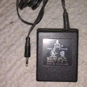 Is it OK to paint an AC adapter?