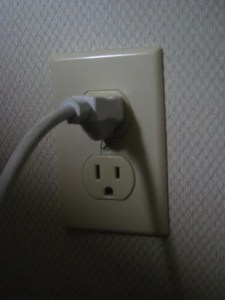 how to fix loose outlets