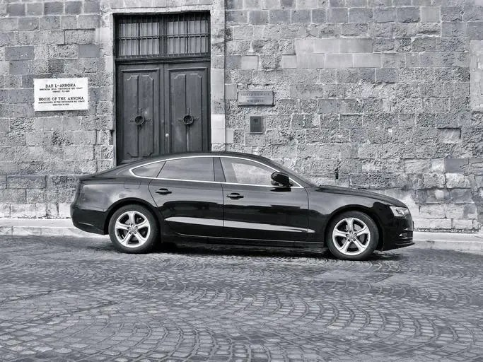 lease v own car