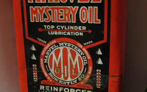 Synthetic oil + Marvel Mystery Oil = happy lawn mower