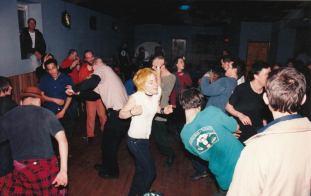 Homocore-audience-member-at-Czar-Bar-mid-90s.-Musician-Azita-dancing-center