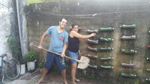 jardim com garrafas pets 1