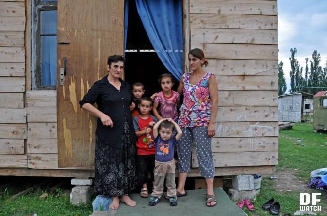Shavadzes' family with four children (DFWatch Photo)