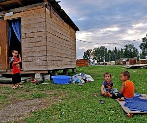 eco-refugees_Batumi_July_2013_DSC_0181_copy_Crop-300x251