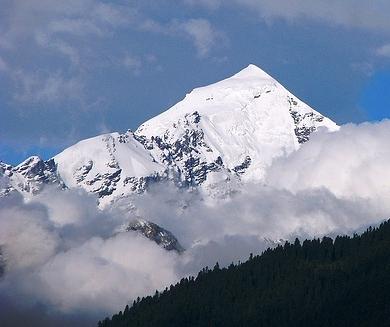 Mount_Tetnuldi