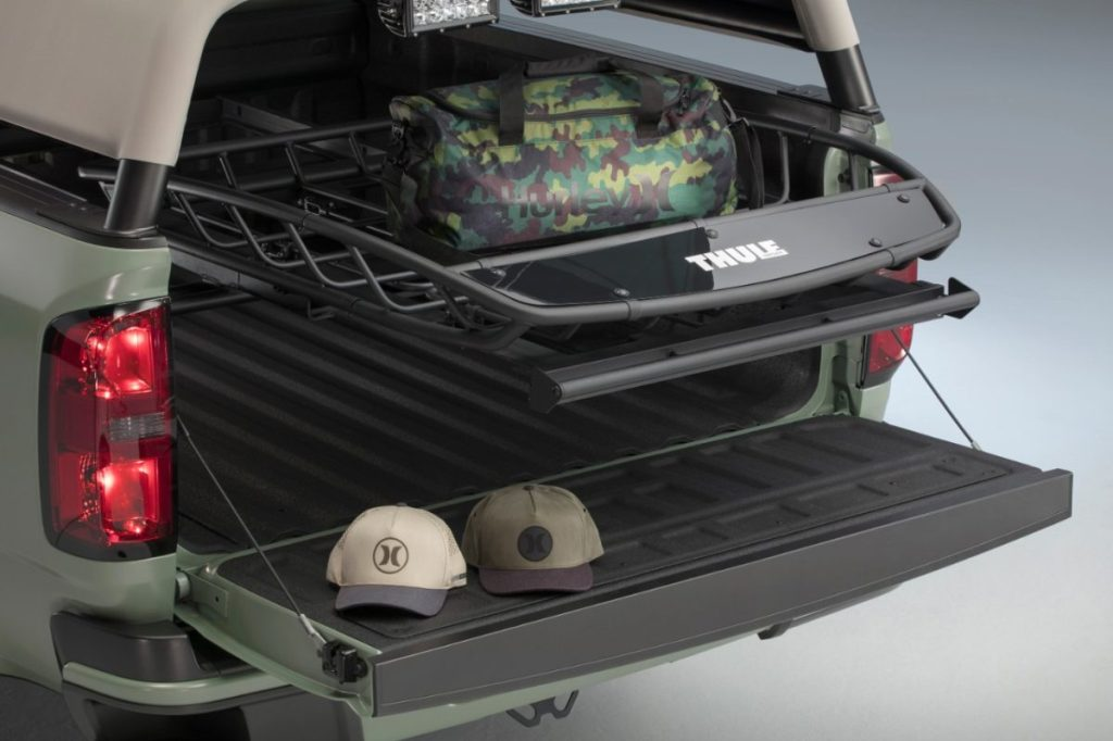 chevrolet-surf-truck-with-thule-rack-system