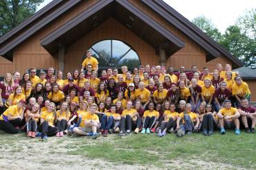 LAS sophomore and freshman cohort at the annual Eagle Village retreat