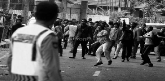 Gambar 1. Kekerasan dalam media televisi. Sumber: okezone.com
