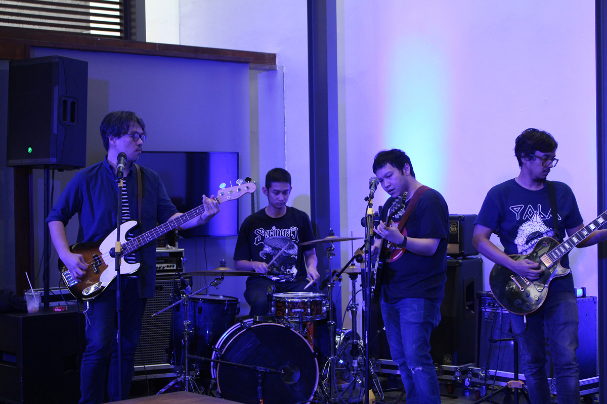 Live-Music_The-Fictional-Group
