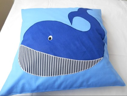 pillow_whale_10
